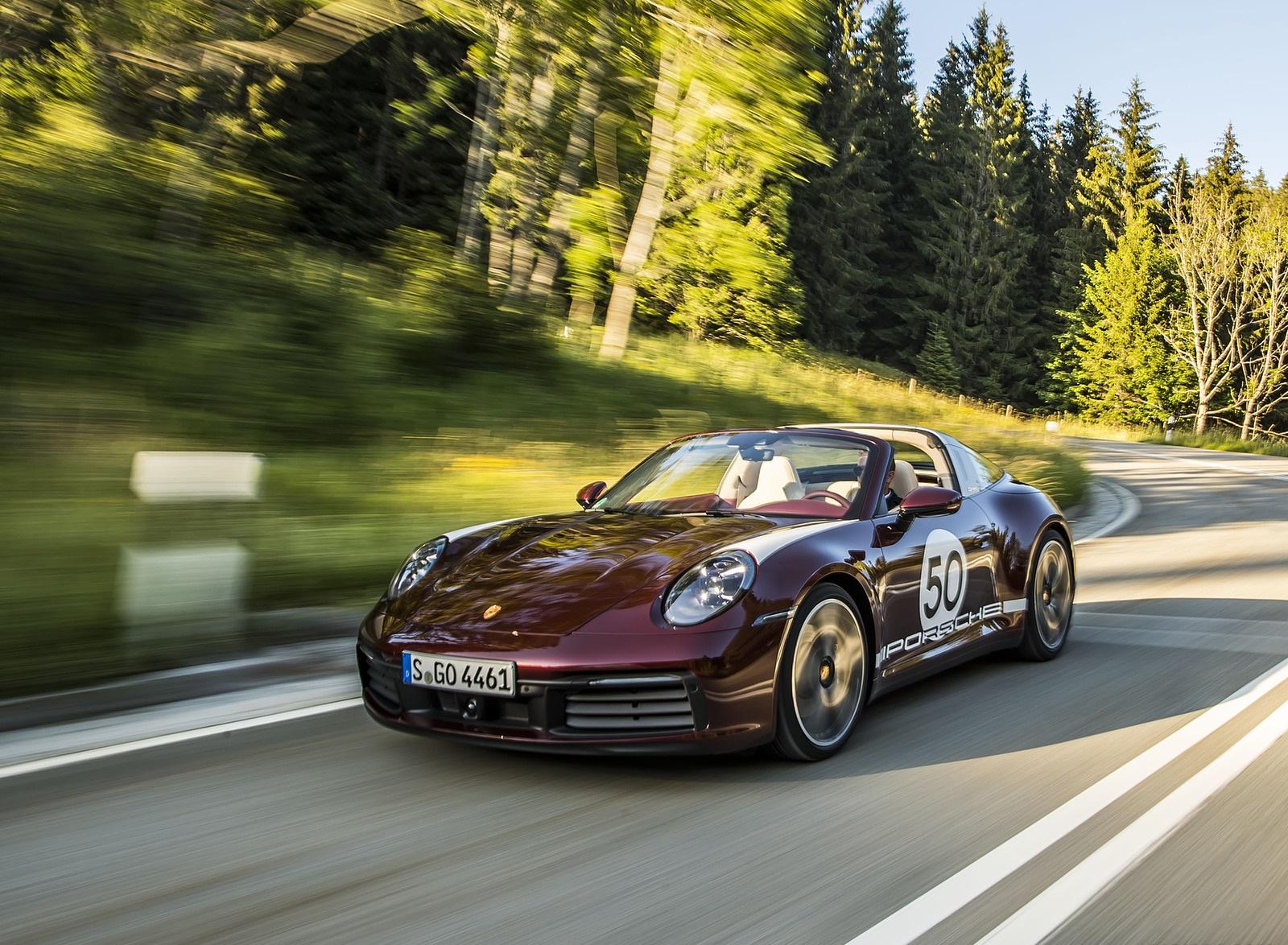 2021 Porsche 911 Targa 4S Heritage Design Edition (Color: Cherry Metallic) Front Three-Quarter Wallpapers (7)