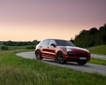 2021 Porsche Cayenne GTS (Color: Carmine Red) Front Three-Quarter Wallpapers 150x120 (9)