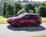 2021 Porsche Cayenne GTS (Color: Carmine Red) Front Three-Quarter Wallpapers 150x120 (3)