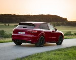 2021 Porsche Cayenne GTS (Color: Carmine Red) Rear Three-Quarter Wallpapers 150x120 (14)