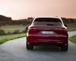 2021 Porsche Cayenne GTS (Color: Carmine Red) Rear Wallpapers 150x120 (17)
