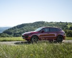 2021 Porsche Cayenne GTS (Color: Carmine Red) Side Wallpapers 150x120 (19)