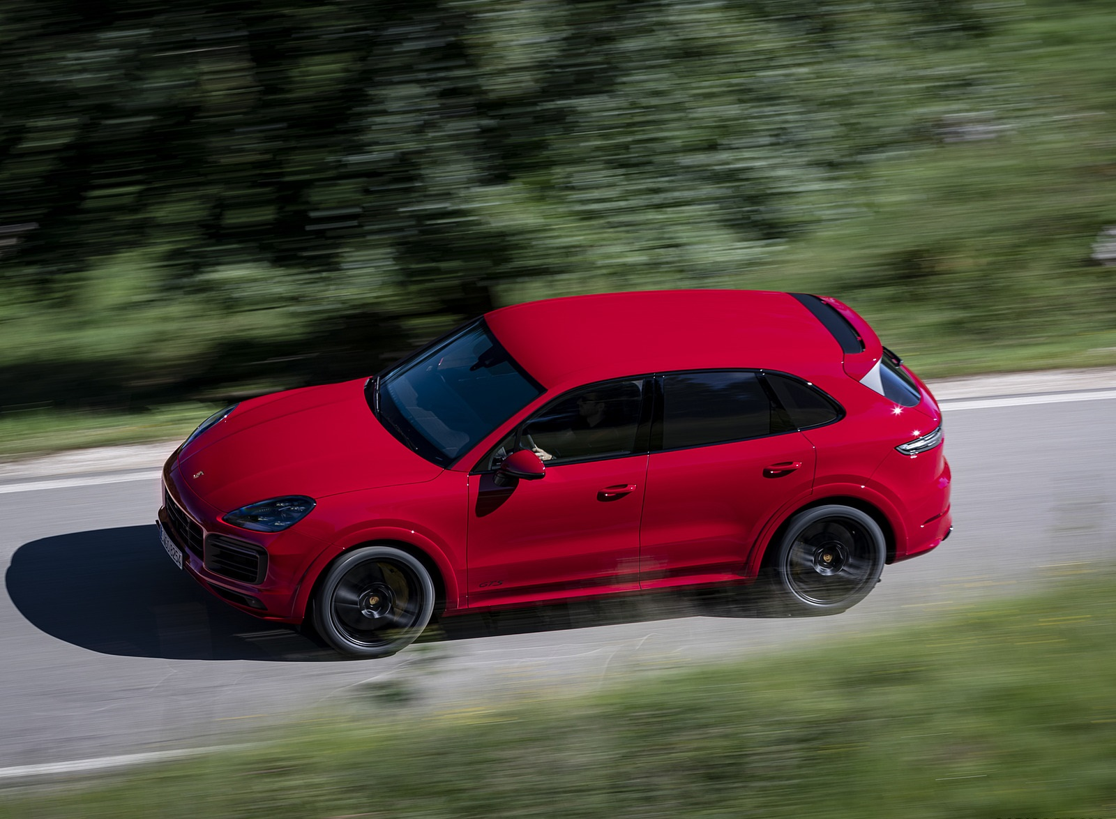 2021 Porsche Cayenne GTS (Color: Carmine Red) Top Wallpapers (1)