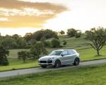 2021 Porsche Cayenne GTS (Color: Sechura Beige Metallic) Front Three-Quarter Wallpapers 150x120 (28)