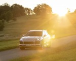2021 Porsche Cayenne GTS (Color: Sechura Beige Metallic) Front Wallpapers 150x120 (27)