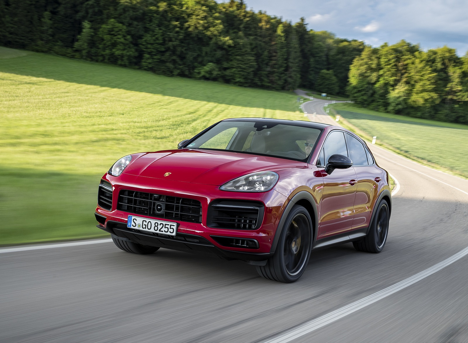 2021 Porsche Cayenne GTS Coupe (Color: Carmine Red) Front Three-Quarter Wallpapers (2)