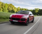 2021 Porsche Cayenne GTS Coupe (Color: Carmine Red) Front Wallpapers 150x120 (5)