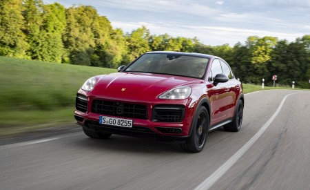 2021 Porsche Cayenne GTS Coupe (Color: Carmine Red) Front Wallpapers 450x275 (5)