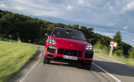 2021 Porsche Cayenne GTS Coupe (Color: Carmine Red) Front Wallpapers 450x275 (6)