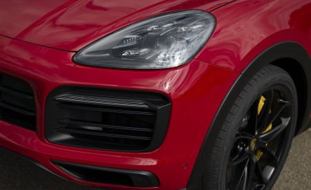 2021 Porsche Cayenne GTS Coupe (Color: Carmine Red) Headlight Wallpapers 450x275 (37)
