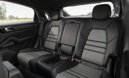 2021 Porsche Cayenne GTS Coupe (Color: Carmine Red) Interior Rear Seats Wallpapers 450x275 (47)