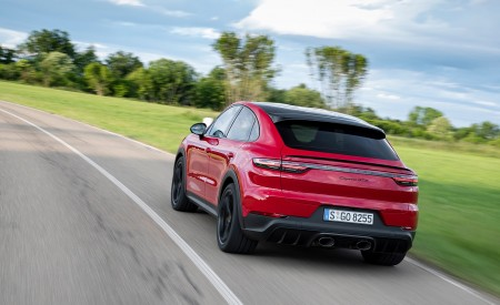 2021 Porsche Cayenne GTS Coupe (Color: Carmine Red) Rear Wallpapers 450x275 (19)