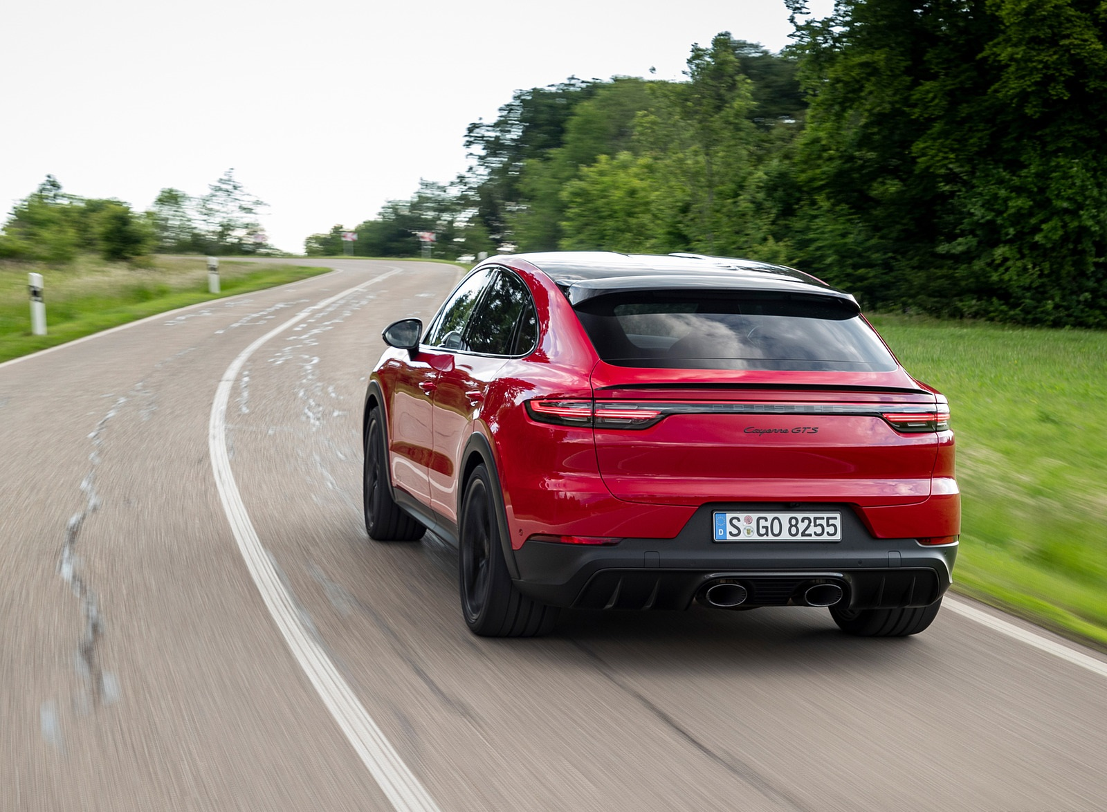 2021 Porsche Cayenne GTS Coupe (Color: Carmine Red) Rear Wallpapers (10)