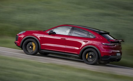 2021 Porsche Cayenne GTS Coupe (Color: Carmine Red) Side Wallpapers 450x275 (23)