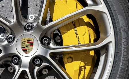 2021 Porsche Cayenne GTS Coupe (Color: Crayon) Brakes Wallpapers 450x275 (108)