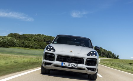 2021 Porsche Cayenne GTS Coupe (Color: Crayon) Front Wallpapers 450x275 (71)