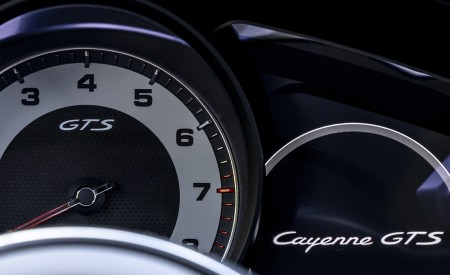 2021 Porsche Cayenne GTS Coupe (Color: Crayon) Instrument Cluster Wallpapers 450x275 (115)