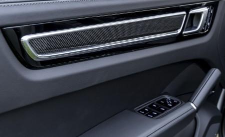 2021 Porsche Cayenne GTS Coupe (Color: Crayon) Interior Detail Wallpapers 450x275 (119)
