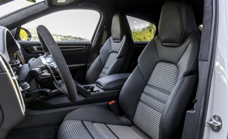 2021 Porsche Cayenne GTS Coupe (Color: Crayon) Interior Front Seats Wallpapers 450x275 (120)