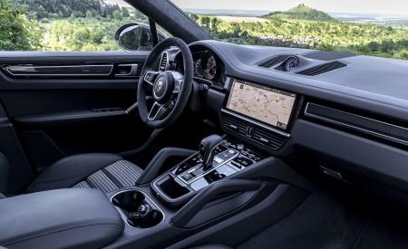 2021 Porsche Cayenne GTS Coupe (Color: Crayon) Interior Wallpapers 450x275 (116)