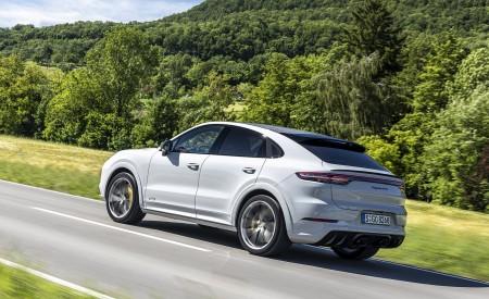 2021 Porsche Cayenne GTS Coupe (Color: Crayon) Rear Three-Quarter Wallpapers 450x275 (62)