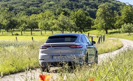 2021 Porsche Cayenne GTS Coupe (Color: Crayon) Rear Wallpapers 450x275 (65)