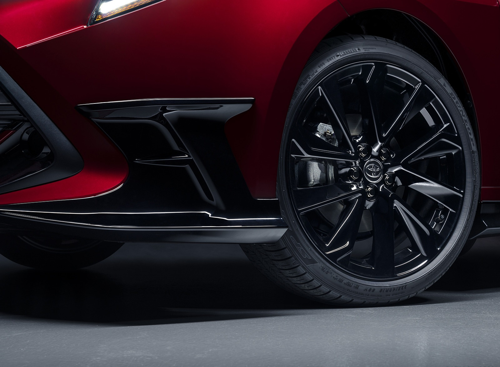 2021 Toyota Corolla Hatchback Special Edition Wheel Wallpapers (4)
