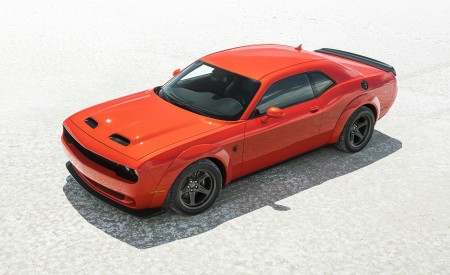 2020 Dodge Challenger SRT Super Stock Front Three-Quarter Wallpapers 450x275 (9)