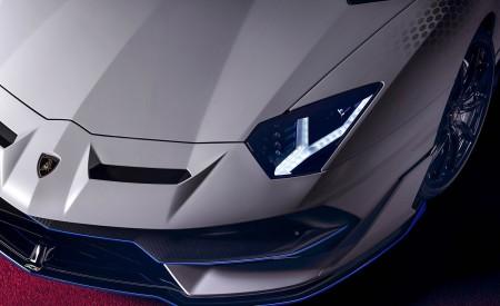 2020 Lamborghini Aventador SVJ Xago Edition Headlight Wallpapers 450x275 (8)