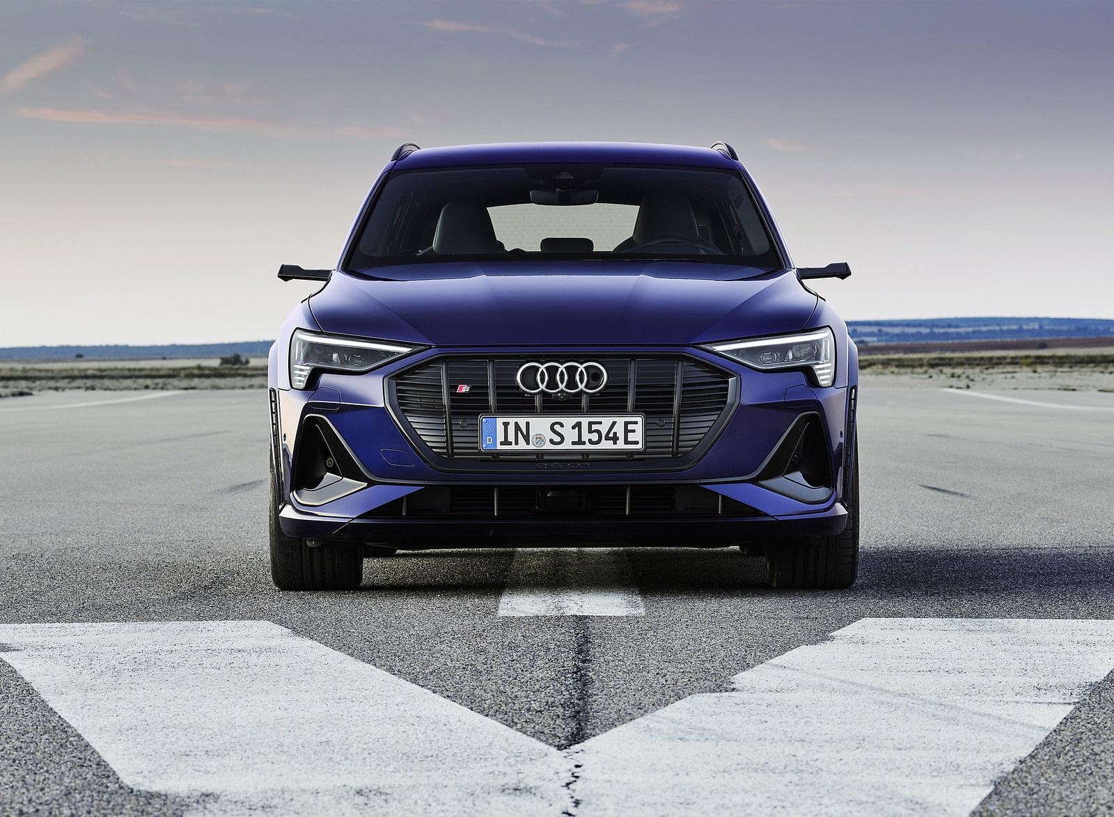 2021 Audi e-tron S (Color: Navarra Blue) Front Wallpapers (2)