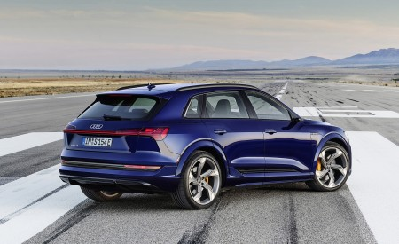 2021 Audi e-tron S (Color: Navarra Blue) Rear Three-Quarter Wallpapers 450x275 (4)