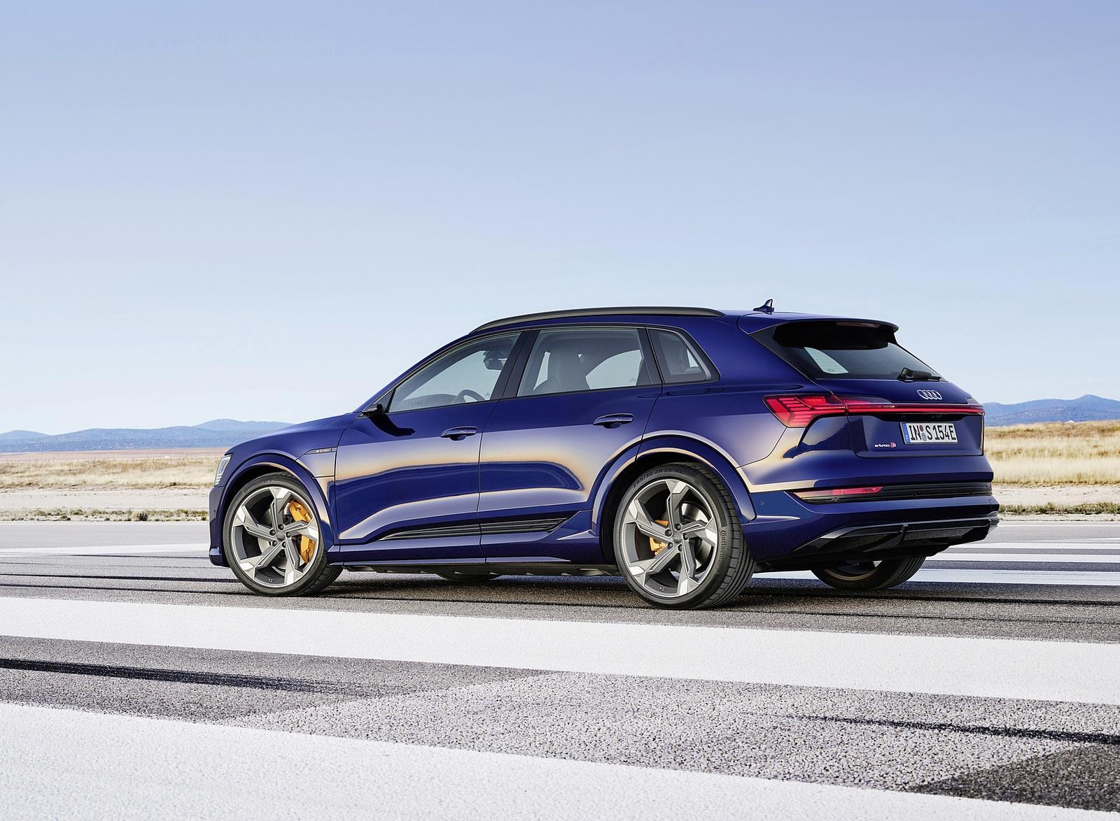 2021 Audi e-tron S (Color: Navarra Blue) Rear Three-Quarter Wallpapers (5)
