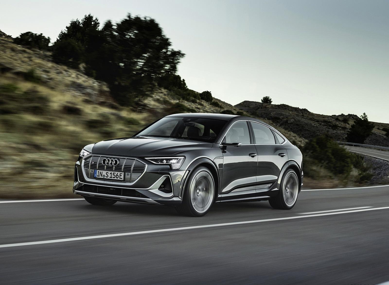 2021 Audi e-tron S Sportback (Color: Daytona Gray) Front Three-Quarter Wallpapers  (2)