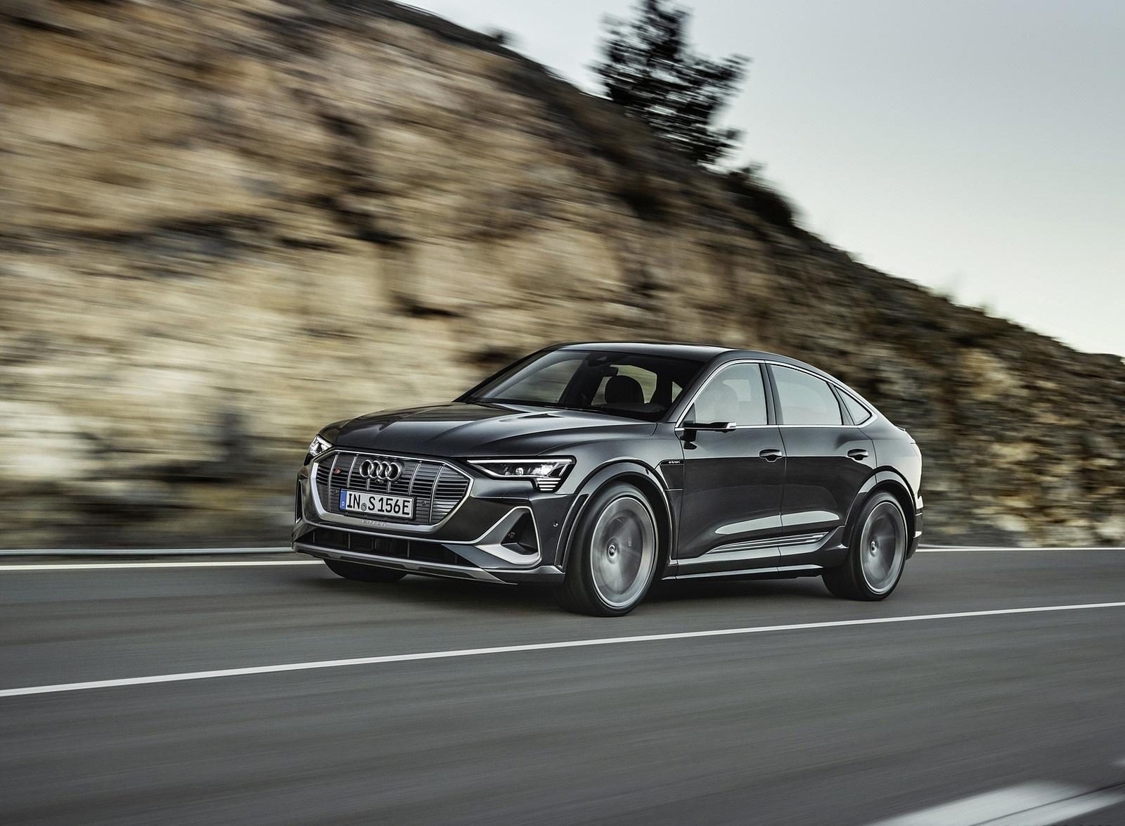 2021 Audi e-tron S Sportback (Color: Daytona Gray) Front Three-Quarter Wallpapers  (3)