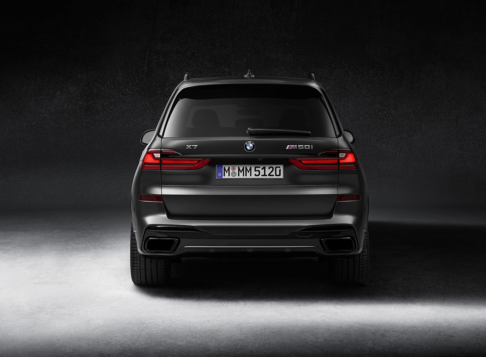 2021 BMW X7 Dark Shadow Edition Rear Wallpapers (5)