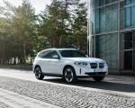 2021 BMW iX3 Front Three-Quarter Wallpapers 150x120 (34)