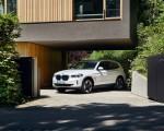 2021 BMW iX3 Front Three-Quarter Wallpapers 150x120 (18)