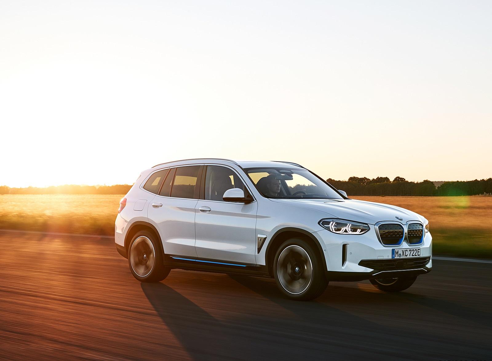 2021 BMW iX3 Front Three-Quarter Wallpapers (7)