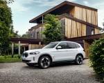 2021 BMW iX3 Front Three-Quarter Wallpapers 150x120 (27)