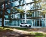 2021 BMW iX3 Front Three-Quarter Wallpapers 150x120 (12)