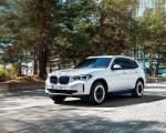 2021 BMW iX3 Front Three-Quarter Wallpapers 150x120 (4)