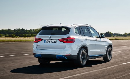 2021 BMW iX3 Rear Three-Quarter Wallpapers 450x275 (9)