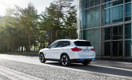 2021 BMW iX3 Rear Three-Quarter Wallpapers 450x275 (40)
