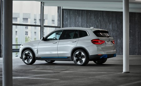 2021 BMW iX3 Rear Three-Quarter Wallpapers 450x275 (44)