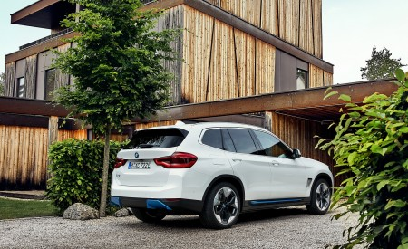 2021 BMW iX3 Rear Three-Quarter Wallpapers 450x275 (32)