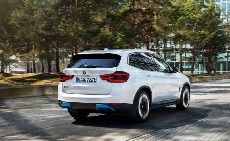 2021 BMW iX3 Rear Three-Quarter Wallpapers 450x275 (6)