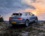 2021 Bentley Bentayga Hallmark Rear Three-Quarter Wallpapers 150x120 (22)
