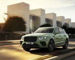 2021 Bentley Bentayga V8 (Color: Alpine Green) Front Three-Quarter Wallpapers 150x120 (1)