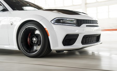 2021 Dodge Charger SRT Hellcat Redeye Detail Wallpapers 450x275 (33)