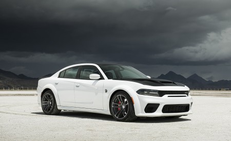 2021 Dodge Charger SRT Hellcat Redeye Front Three-Quarter Wallpapers 450x275 (25)
